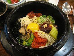 Korean_cuisine-Bibimbap-08