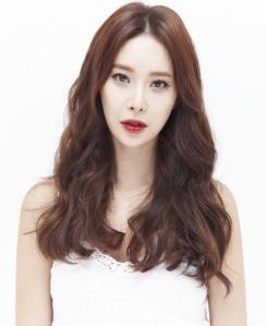 Baek_Ji_YoungP