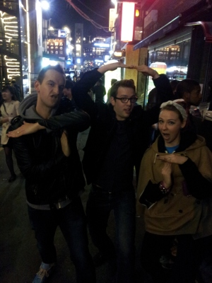 That's Simon and Martina from Eat Your Kimchi and myself posing at Itaewon where we ran into each other by total coincidence - they are super nice and have have become very successful at promoting Korean media through their blog and YouTube channel.