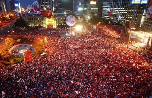 People in Korea flocked to the streets to collectively watch and support the Korean national team.