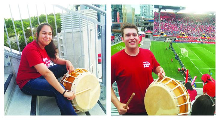 Volunteers and their drums.