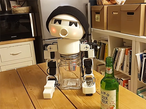 drink-robot-600x450