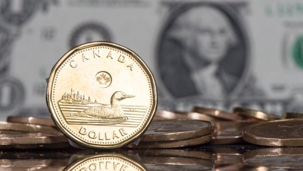 loonie-canadian-dollar-20150130