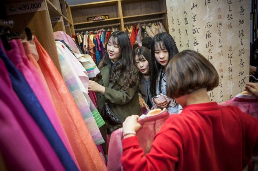 south-korea-hanbok-dress-shopping-march-2016